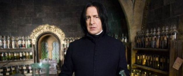 Alan Rickman qui interprète Severus Rogue dans Harry Potter
